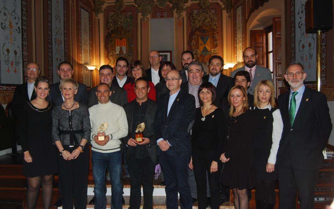 Vicente Juan y El Rabal galardonados con la Arracada de Oro
