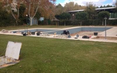 Obras en la piscina del polideportivo
