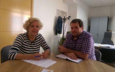 """La concejala de Igualdad se reúne con la asociación """"El Príncipe Lila"""" para trabajar la temática LGTBI"""