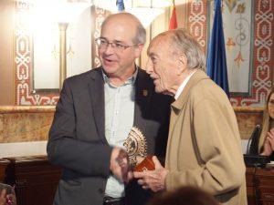 Miguel Ybern Arracada Oro 2016
