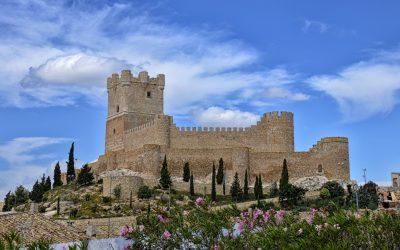 Eliminadas las pintadas en el Castillo
