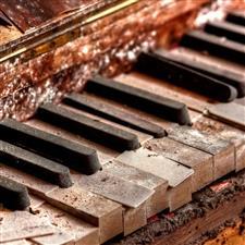 EL PIANO EN TORNO  A LA GENERACIÓN DEL 27