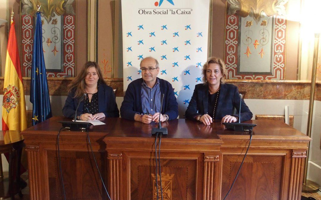 """La Obra Social """"la Caixa"""" colabora con 10.000 euros en un proyecto de becas de comedor para los niños en situación de pobreza de los colegios de Villena"""