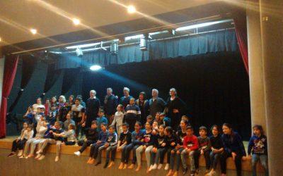 Danza y teatro comunitario en el colegio Santa Teresa