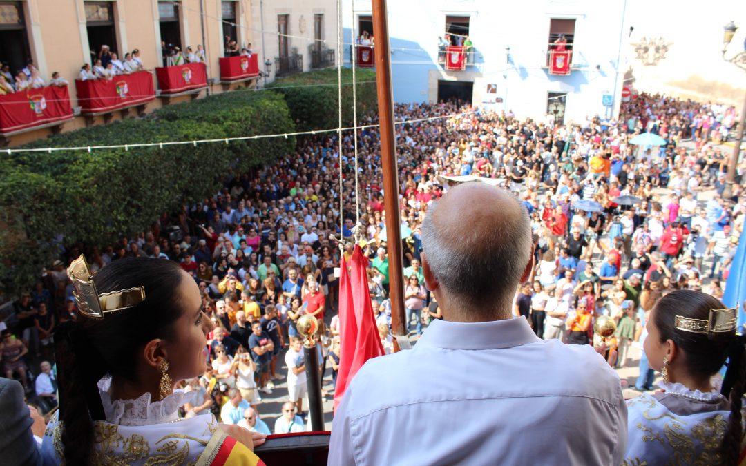 Un pregón muy musical da inicio a las Fiestas de Moros y Cristianos en Villena