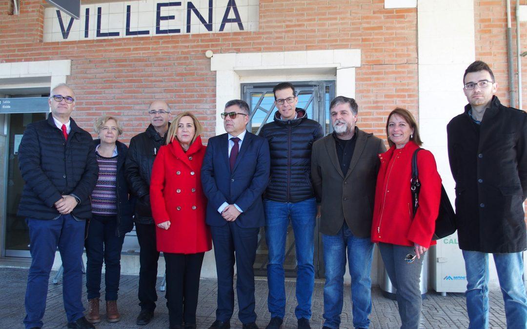 El delegado del gobierno en la Comunidad Valenciana visita Villena para valorar el éxito del aumento de cercanías ferroviarias