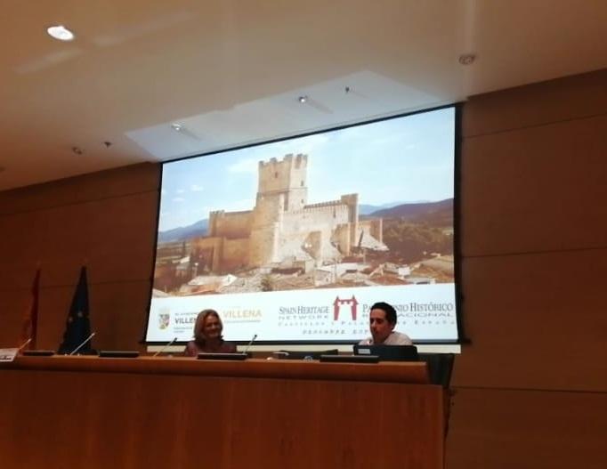 Villena presenta el Castillo de la Atalaya en la Asamblea de Castillos y Palacios Turísticos de España