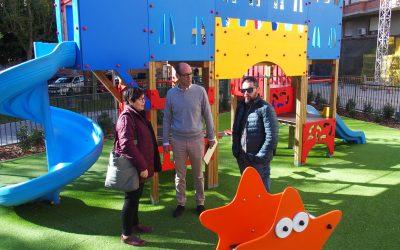 Recepcionada la obra de renovación del parque infantil de la Plaza del Rollo