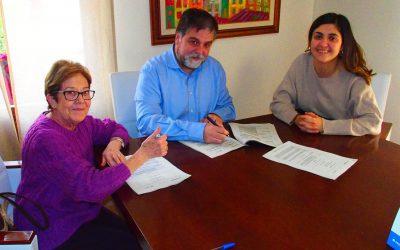 Firma del convenio con Cruz Roja