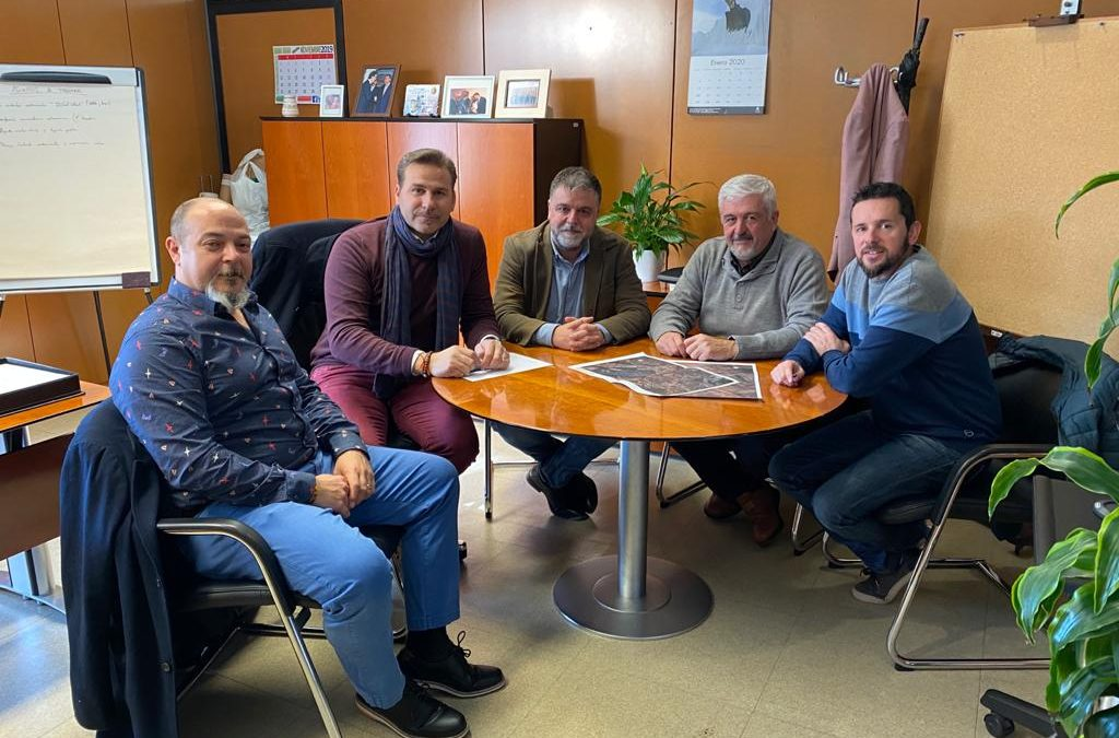 Reunión para el arreglo del camino a Salinas
