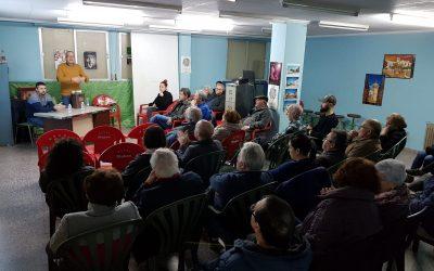 Reunión positiva para instaurar la recogida puerta a puerta en La Constancia