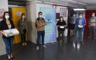 Reparto de mascarillas para el alumnado de 4º de ESO y 2º de Bachillerato