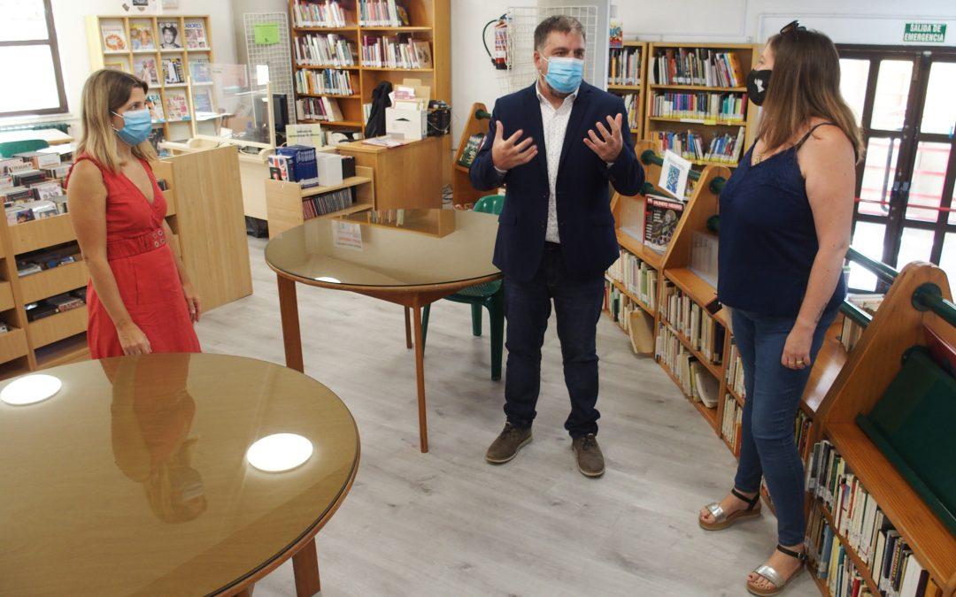 Renovada la imagen de la Biblioteca Miguel Hernández