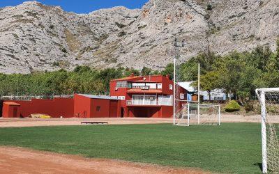 La Concejalía de Deportes inicia la renovación de pintura de las instalaciones deportivas