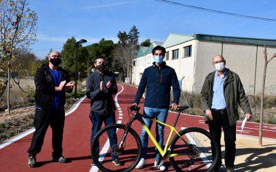 La Concejalía de Movilidad y Villena en Bici entregan los premios de fotografía 'Mi bici y yo' al fomento de la movilidad sostenible